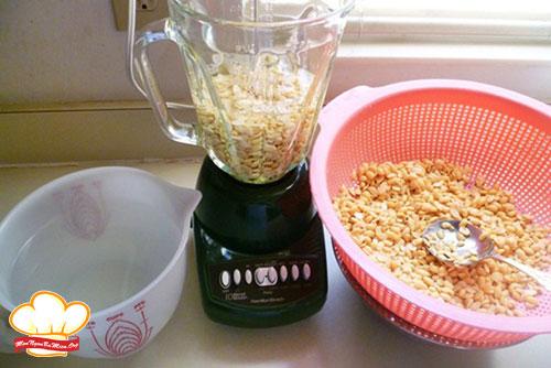Cách làm sữa đậu nành tại nhà bằng máy xay sinh tố giúp da sáng, dáng xinh