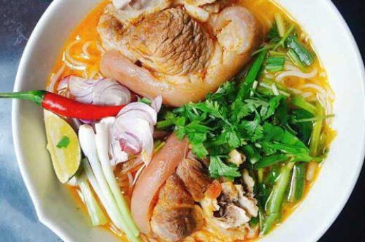 Cách nấu bún bò giò heo Đà Nẵng ngon nhất, đơn giản nhất