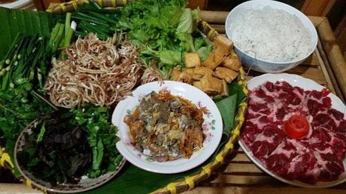 Nguyên liệu nấu lẩu riêu cua bắp bò sườn sụn