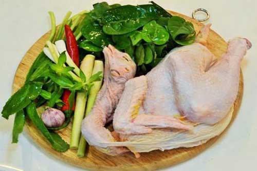 Nguyên liệu nấu lẩu gà lá giang miền trung